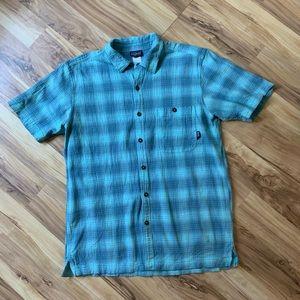 Patagonia plaid button down shirt size M
